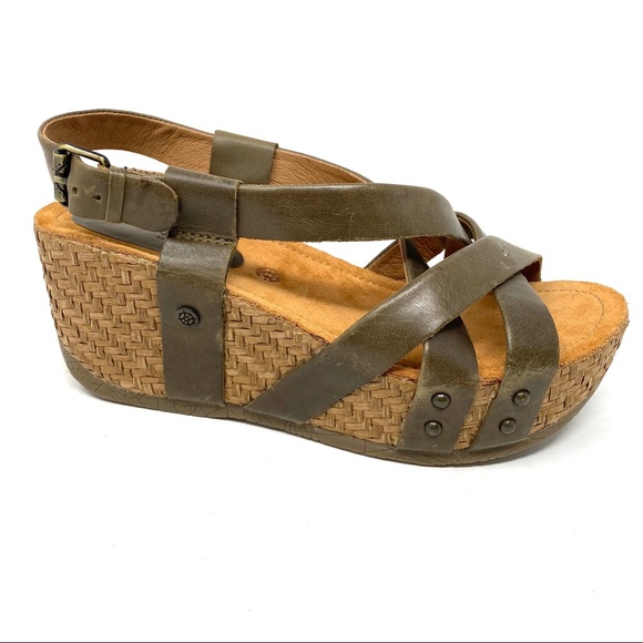 Formentera Moss Leather Wedge Sandals